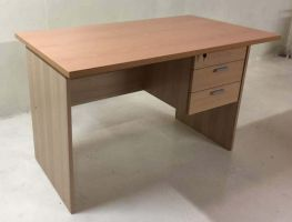 EA 48-28B - 4' Writing Table with Drawers(Beech)
